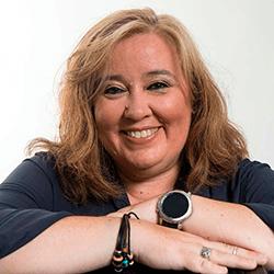 Esther Pérez Verdú, organización